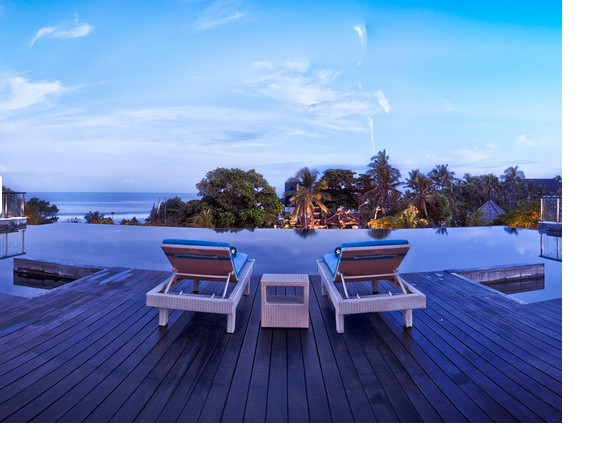 巴厘岛铂尔曼雷吉酒店4晚6日自由行>雅加达转机,勒吉安中心5星酒店