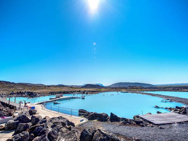 【会员专属团】冰岛10日环岛之旅>乘专业观鲸船步入鲸鱼和海鸟的王国